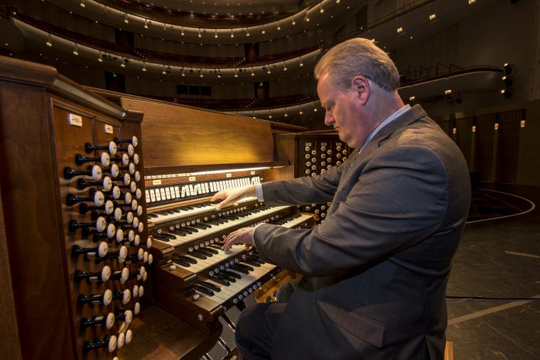 Dean Billymeyer playing Northrop's organ