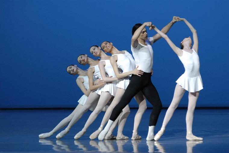The State Ballet of Georgia performers in Concerto Barocco