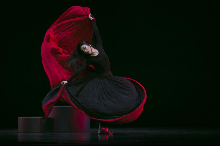 Scene from Chronicle with Xin Ying of Martha Graham Dance Company