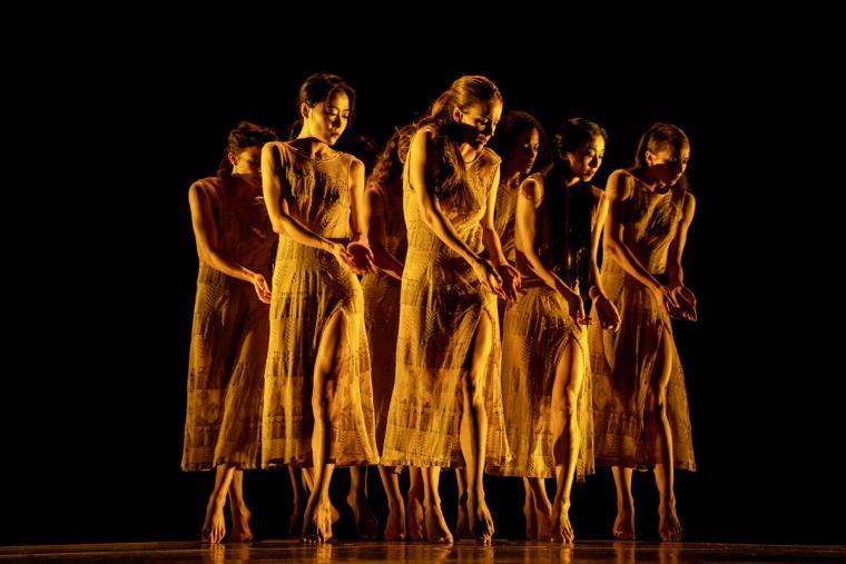Martha Graham Dance Company in Maxine Doyle and Bobbi Jene Smith's Deo