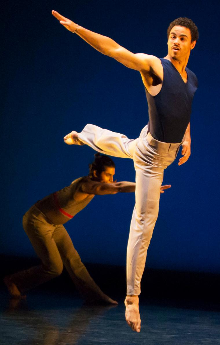 Zenon Dance Company in Osnel Delgado's Coming Home