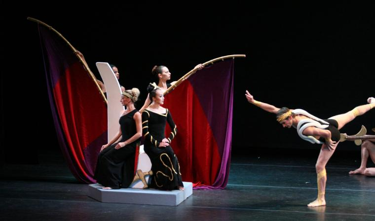 Photo of Clytemnestra by Martha Graham Dance Company