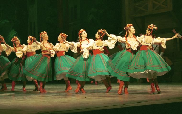 Photo of Coppélia by the Moscow Festival Ballet