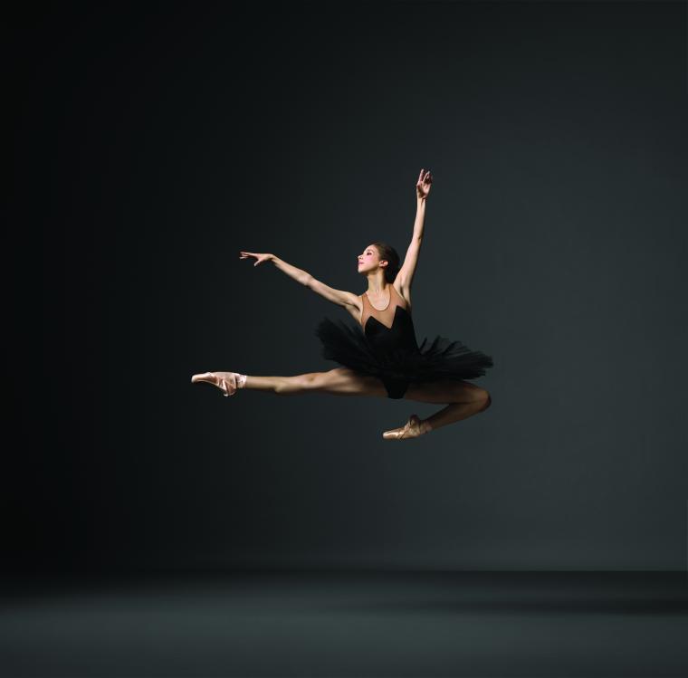 Photo by Henry Leutwyler © 2011